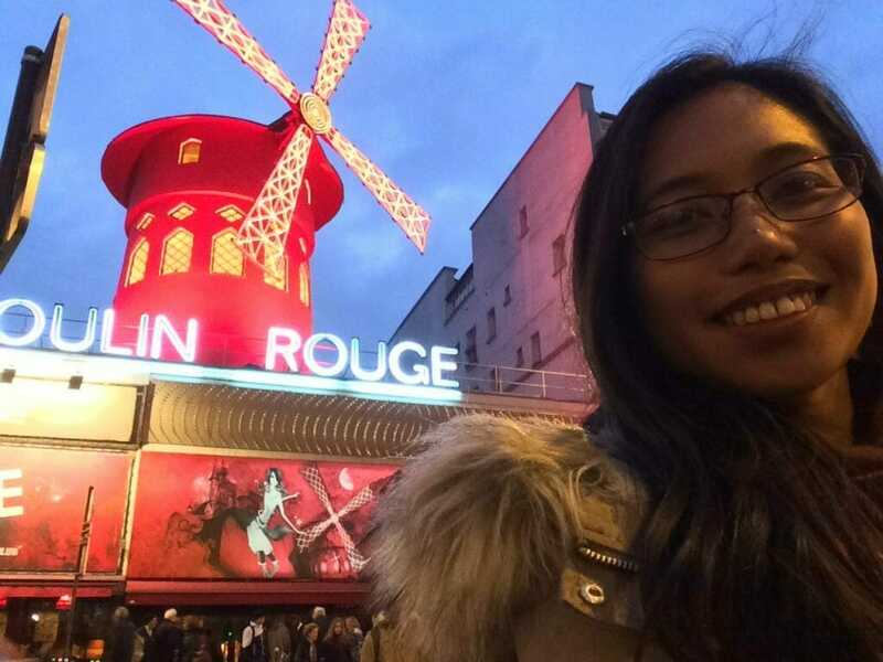 solo traveling in paris, france