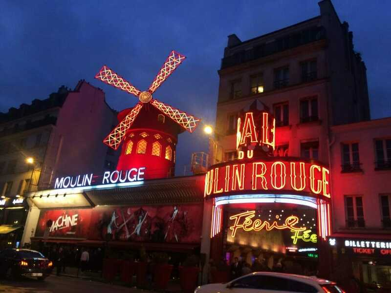 moulin rouge - best things to do in Paris in 2 days